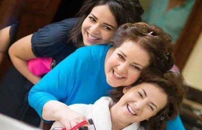 دنيا سمير غانم تُنعى والدتها فى ذكرى الأربعين