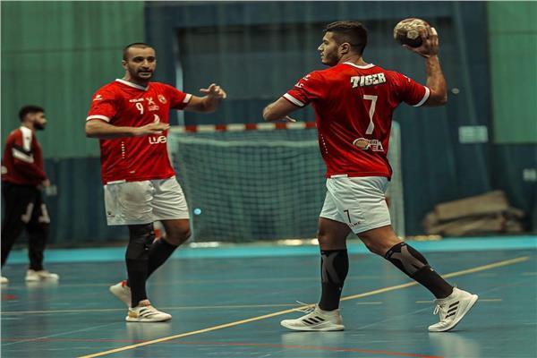 «رجال يد الأهلي» يفوز على البنك الأهلي في الدوري
