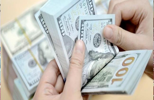 الدولار يحافظ على استقراره أمام الجنيه المصرى