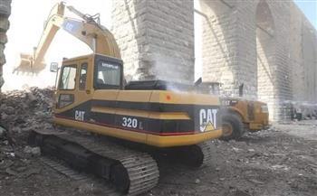 محافظ القاهرة يوجه بسرعة إزالة المخلفات بمحيط سور مجرى العيون