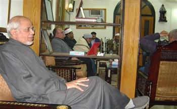 شاهد   دفن نجل الشيخ الشعراوى بمدافن العائلة بميت غمر