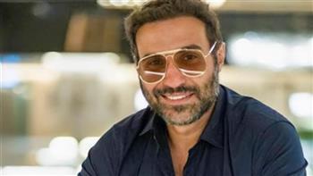 أحمد فهمي يعلق علي «الإقامة الذهبية» في دولة الإمارات