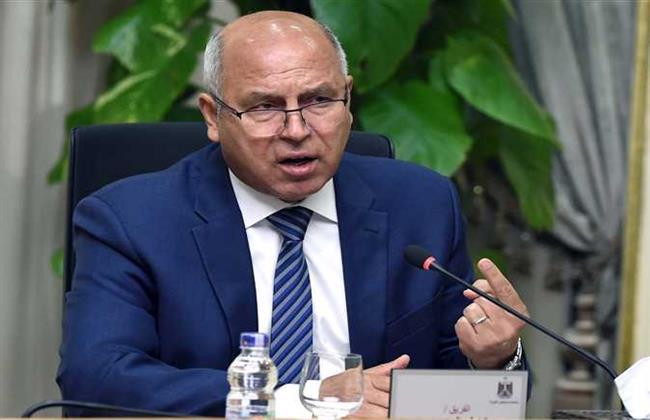 وزير النقل يتابع أعمال إنشاء ميناء المكس الجديد بالإسكندرية