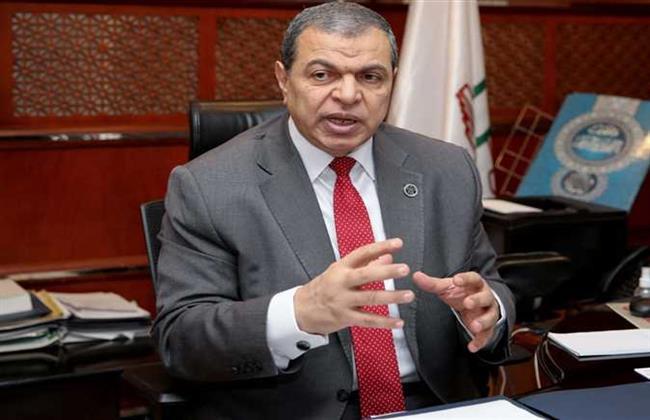 """""""القوى العاملة"""": إلغاء فحوصات كورونا لدخول أبوظبي"""