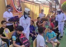 توزيع حقائب مدرسية مجانًا بعزبة الهجانة