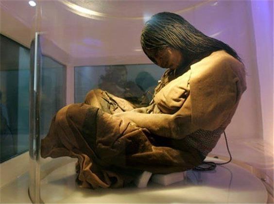 العثور على مومياء عمرها 500 عام فى جبال الأنديز