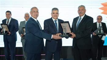الأكاديمية العربية تحصد جائزة التميز العلمي في اليوم البحري العالمي