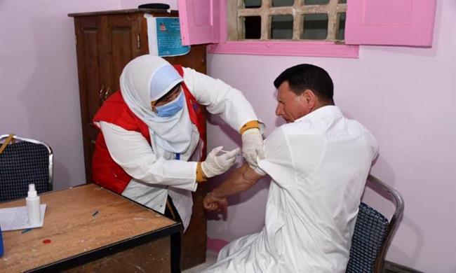 تطعيم عدد 5473 مواطن بجرعتى لقاح فيروس كورونا بشمال سيناء