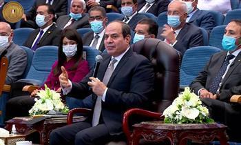 فيديو.. الرئيس عن المشروعات القومية: « بنعمل حاجتنا بفلوسنا»