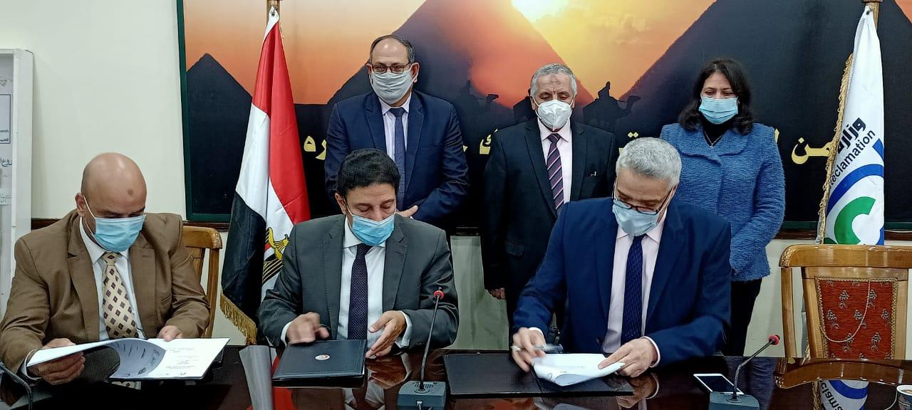 حسين الشحات يسجل الهدف الثاني للأهلي